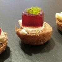 Pumpernickel versionado con queso, uva e hinojo. #juego de blogueros2.0